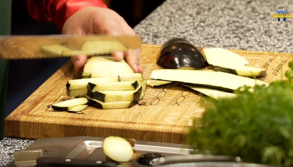 Auberginen für den veganen Heringssalat