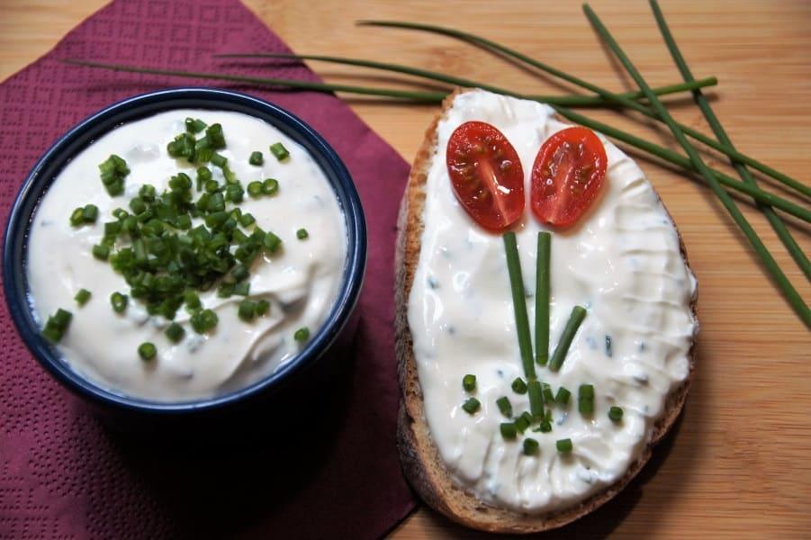 veganer Frischkäse mit Kräutern